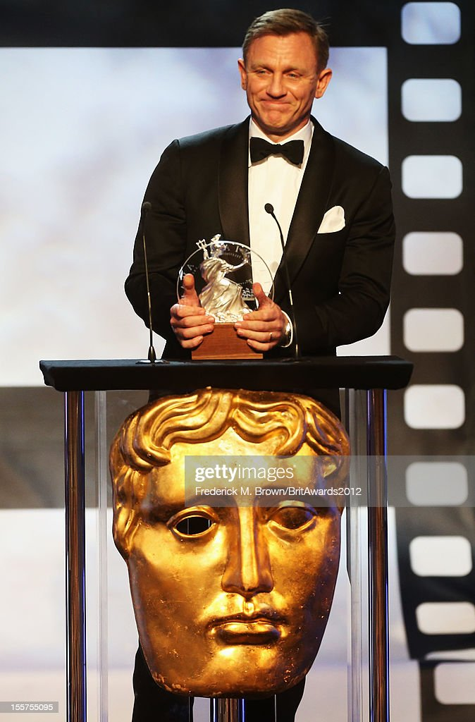 Honoree Daniel Craig accepts the Britannia Award for British Artist of the Year onstage at the 2012 BAFTA Los Angeles Britannia Awards Presented By BBC AMERICA at The Beverly Hilton Hotel on November 7, 2012 in Beverly Hills, California.