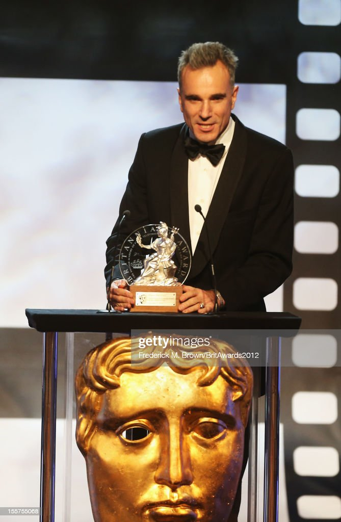 Honoree <a gi-track='captionPersonalityLinkClicked' href=/galleries/search?phrase=Daniel+Day-Lewis&family=editorial&specificpeople=211475 ng-click='$event.stopPropagation()'>Daniel Day-Lewis</a> accepts The Stanley Kubrick Britannia Award for Excellence in Film onstage at the 2012 BAFTA Los Angeles Britannia Awards Presented By BBC AMERICA at The Beverly Hilton Hotel on November 7, 2012 in Beverly Hills, California.
