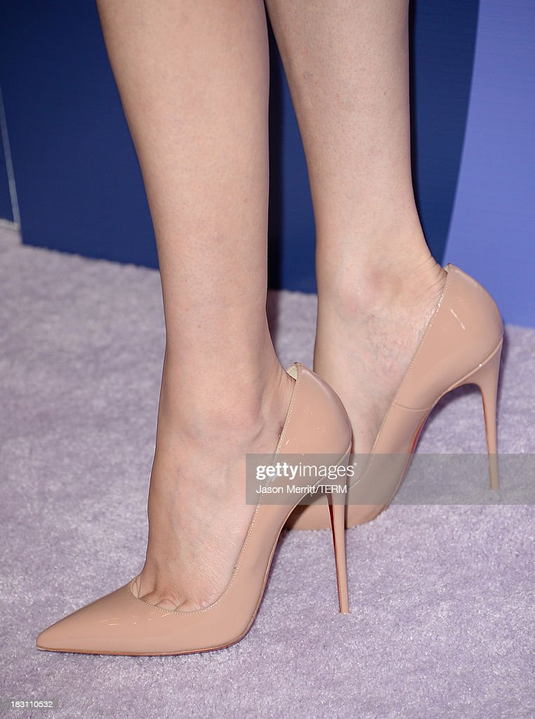Honoree Elizabeth Banks (shoe detail) arrives at Variety's 5th Annual Power of Women event presented by Lifetime at the Beverly Wilshire Four Seasons Hotel on October 4, 2013 in Beverly Hills, California.