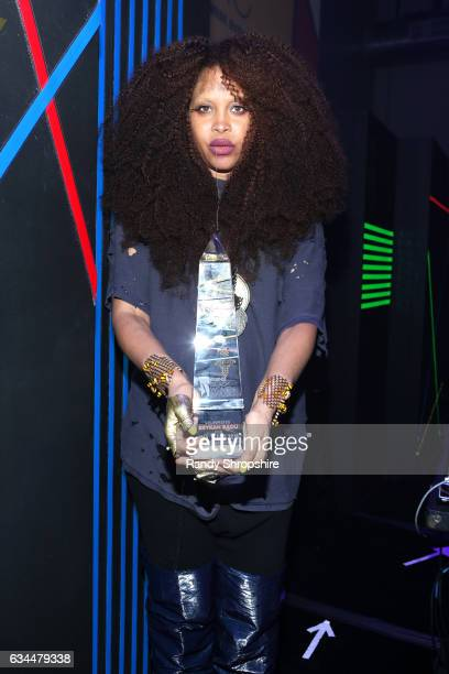 Honoree Erykah Badu poses with award during 2017 Essence Black Women in Music at NeueHouse Hollywood on February 9 2017 in Los Angeles California