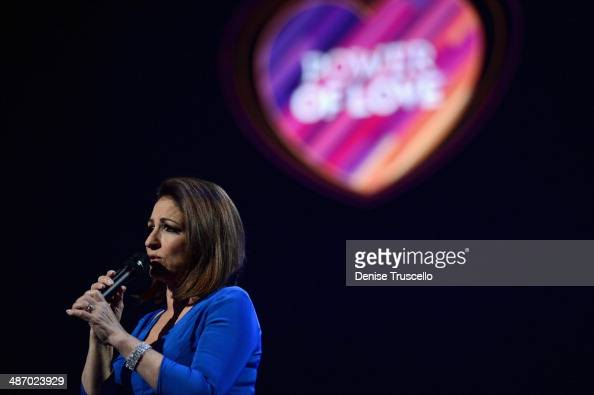 Honoree Gloria Estefan performs onstage during the 18th annual Keep Memory Alive 'Power of Love Gala' benefit for the Cleveland Clinic Lou Ruvo...