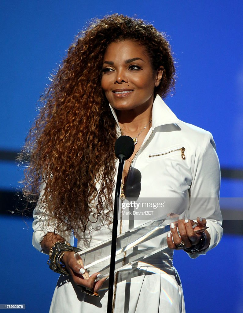 Honoree <a gi-track='captionPersonalityLinkClicked' href=/galleries/search?phrase=Janet+Jackson&family=editorial&specificpeople=156414 ng-click='$event.stopPropagation()'>Janet Jackson</a> accepts the Ultimate Icon Award onstage during the 2015 BET Awards at the Microsoft Theater on June 28, 2015 in Los Angeles, California.