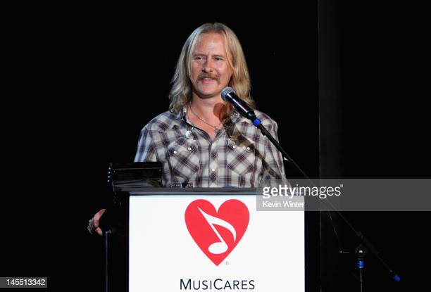 Honoree Jerry Cantrell of Alice In Chains speaks onstage during the 8th Annual MusiCares MAP Fund Benefit at Club Nokia on May 31 2012 in Los Angeles...