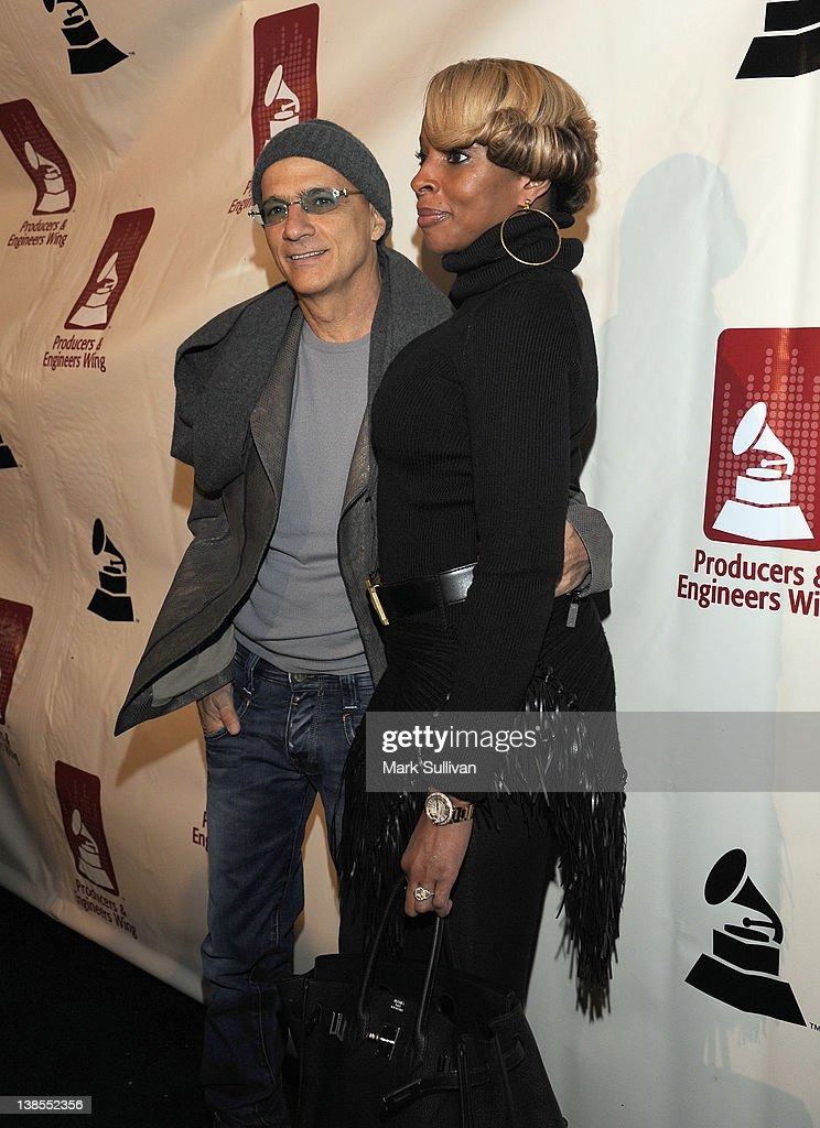 Honoree <a gi-track='captionPersonalityLinkClicked' href=/galleries/search?phrase=Jimmy+Iovine&family=editorial&specificpeople=850753 ng-click='$event.stopPropagation()'>Jimmy Iovine</a> and singer <a gi-track='captionPersonalityLinkClicked' href=/galleries/search?phrase=Mary+J.+Blige&family=editorial&specificpeople=171124 ng-click='$event.stopPropagation()'>Mary J. Blige</a> attend The 54th Annual GRAMMY Awards P&E Wing Event at The Village Recording Studios on February 8, 2012 in Los Angeles, California.