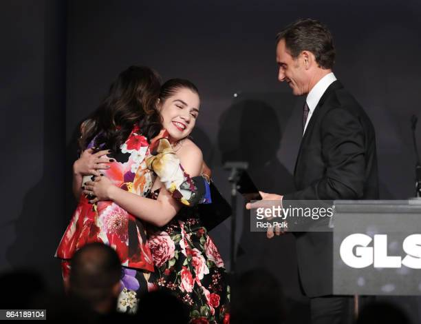 Honoree Kerry Washington accepts the Inspiration Award from GLSEN National Student Council members Em Gentry and Tony Goldwyn onstage during the 2017...