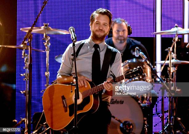 Honoree Luke Bryan performs onstage at the 2017 CMT Artists Of The Year on October 18 2017 in Nashville Tennessee