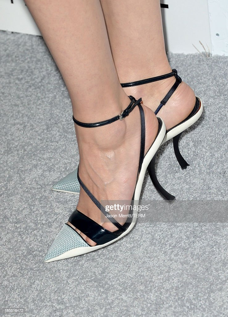 Honoree Marion Cotillard (fashion detail) attends ELLE's 20th Annual Women In Hollywood Celebration at Four Seasons Hotel Los Angeles at Beverly Hills on October 21, 2013 in Beverly Hills, California.