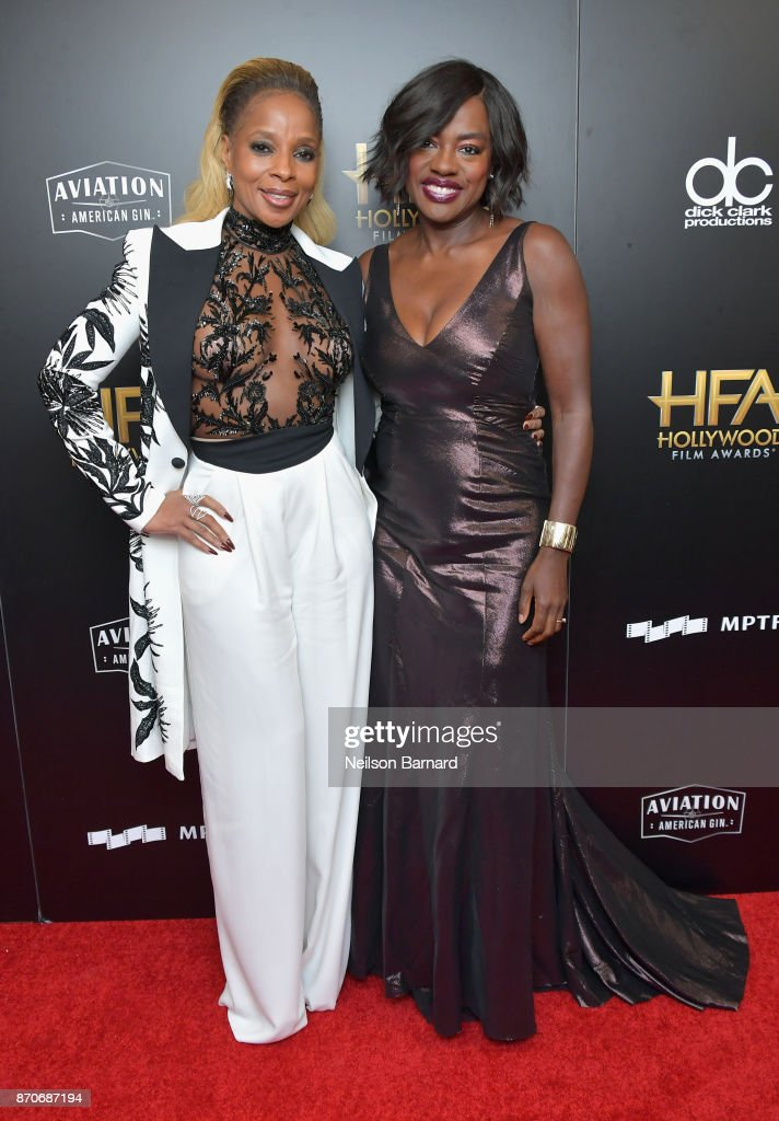 Honoree Mary J. Blige (L), recipient of the Hollywood Breakout Performance Actress Award for 'Mudbound,' and actor Viola Davis pose in the press room during the 21st Annual Hollywood Film Awards at The Beverly Hilton Hotel on November 5, 2017 in Beverly Hills, California.