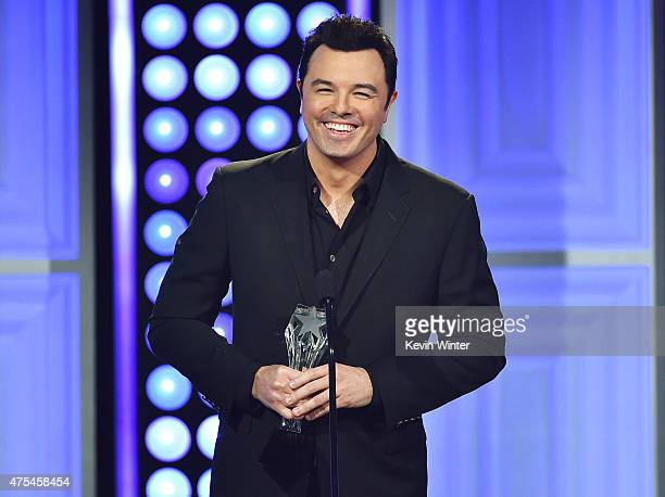 Honoree Seth MacFarlane accepts the Critics' Choice Louis XIII Genius Award onstage at the 5th Annual Critics' Choice Television Awards at The...