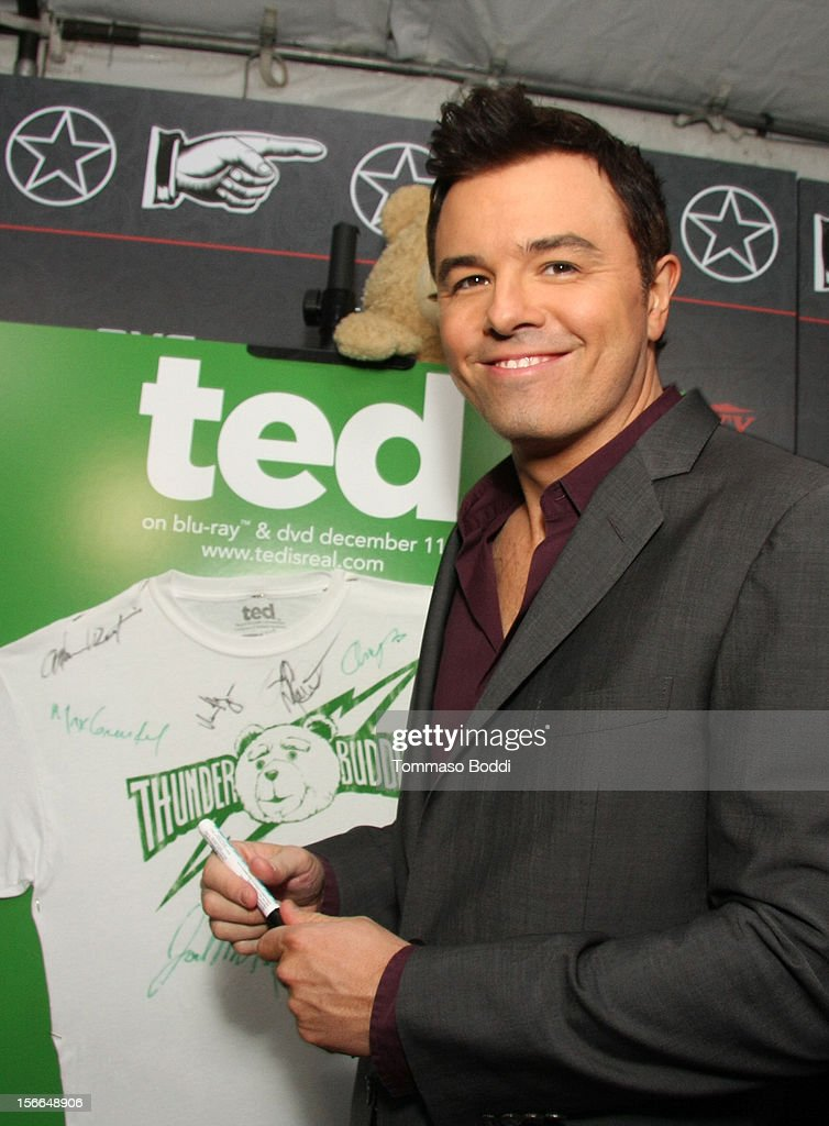 Honoree <a gi-track='captionPersonalityLinkClicked' href=/galleries/search?phrase=Seth+MacFarlane&family=editorial&specificpeople=549856 ng-click='$event.stopPropagation()'>Seth MacFarlane</a> poses with Ted during arrivals at Variety's 3rd annual Power of Comedy event presented by Bing benefiting the Noreen Fraser Foundation held at Avalon on November 17, 2012 in Hollywood, California. The Ted Blu-ray and DVD will be released on December 11, 2012.