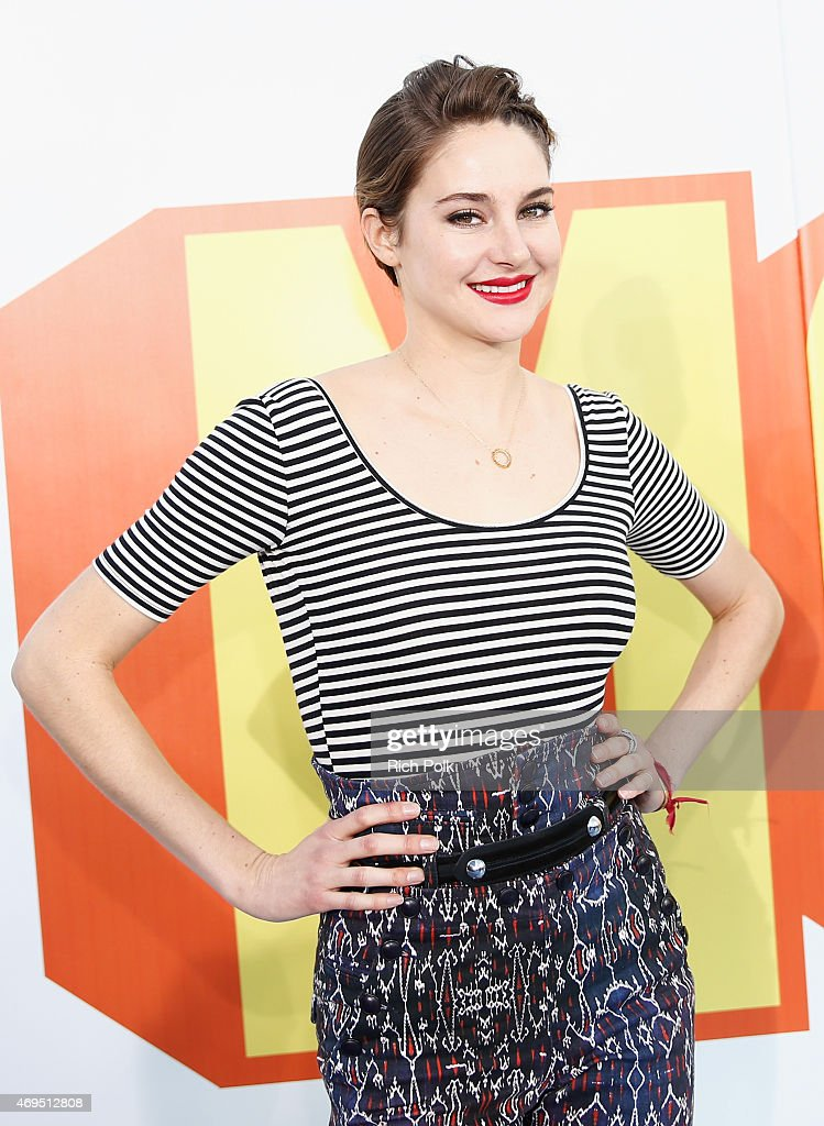 Honoree <a gi-track='captionPersonalityLinkClicked' href=/galleries/search?phrase=Shailene+Woodley&family=editorial&specificpeople=676833 ng-click='$event.stopPropagation()'>Shailene Woodley</a> attends The 2015 MTV Movie Awards at Nokia Theatre L.A. Live on April 12, 2015 in Los Angeles, California.