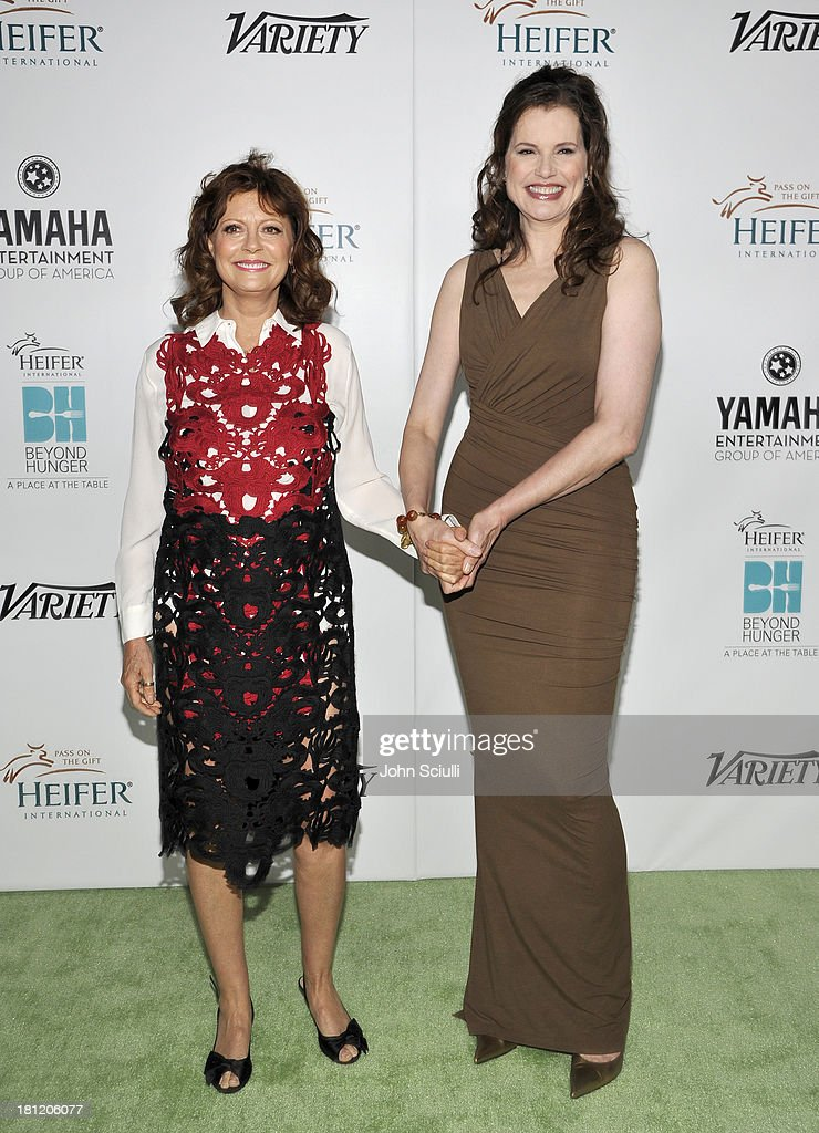 Honoree <a gi-track='captionPersonalityLinkClicked' href=/galleries/search?phrase=Susan+Sarandon&family=editorial&specificpeople=202474 ng-click='$event.stopPropagation()'>Susan Sarandon</a> (L) and actress <a gi-track='captionPersonalityLinkClicked' href=/galleries/search?phrase=Geena+Davis&family=editorial&specificpeople=209423 ng-click='$event.stopPropagation()'>Geena Davis</a> attend Heifer International's 2nd Annual 'Beyond Hunger: A Place at the Table' to Help End World Hunger and Poverty at Montage Hotel on September 19, 2013 in Los Angeles, California.