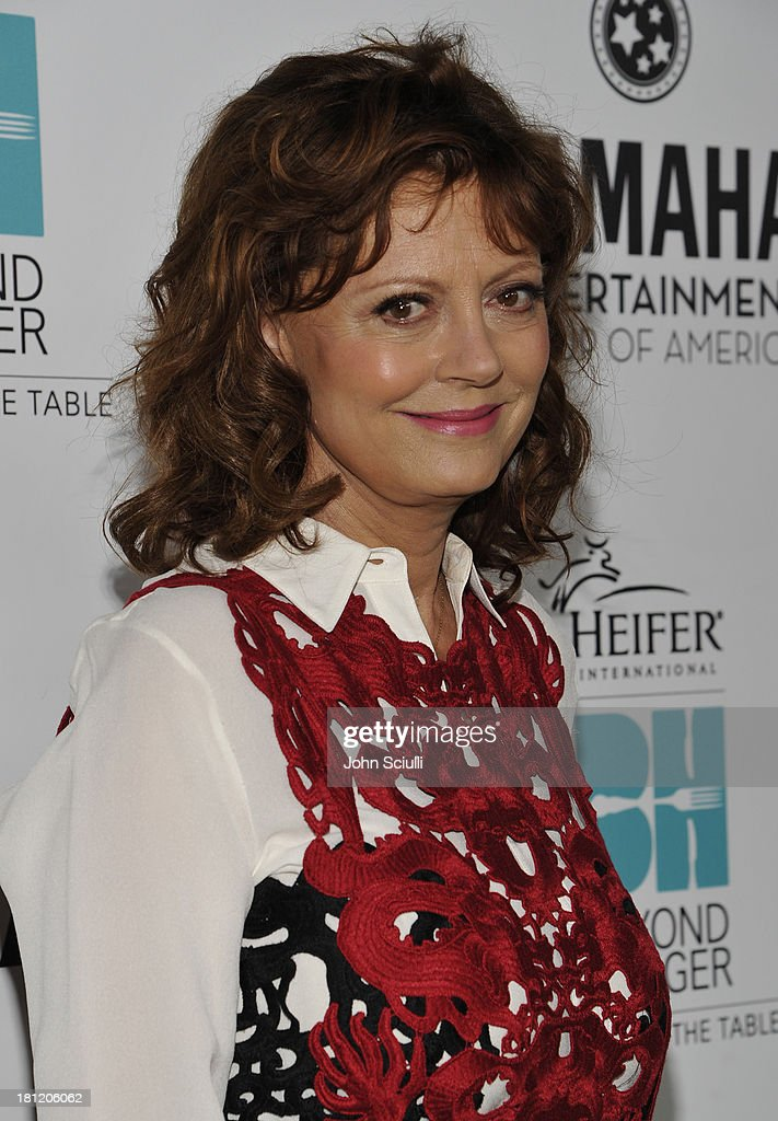Honoree <a gi-track='captionPersonalityLinkClicked' href=/galleries/search?phrase=Susan+Sarandon&family=editorial&specificpeople=202474 ng-click='$event.stopPropagation()'>Susan Sarandon</a> attends Heifer International's 2nd Annual 'Beyond Hunger: A Place at the Table' to Help End World Hunger and Poverty at Montage Hotel on September 19, 2013 in Los Angeles, California.