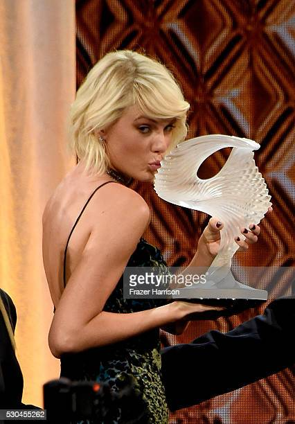 Honoree Taylor Swift accepts the BMI Taylor Swift Award onstage at The 64th Annual BMI Pop Awards honoring Taylor Swift and songwriting duo Mann Weil...
