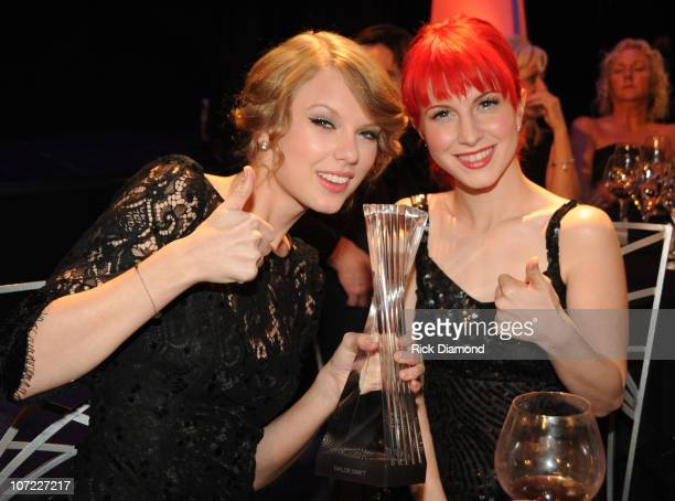 COVERAGE*** Honoree Taylor Swift and Recording Artists Hayley Williams of the group Paramore and Kid Rock at the CMT Artists of the Year at The...