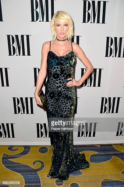 Honoree Taylor Swift attends The 64th Annual BMI Pop Awards honoring Taylor Swift and songwriting duo Mann Weil at the Beverly Wilshire Four Seasons...