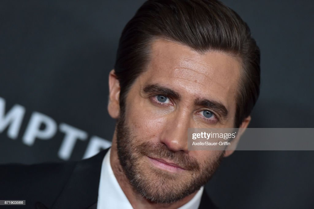 Honoree/actor Jake Gyllenhaal arrives at the 21st Annual Hollywood Film Awards at The Beverly Hilton Hotel on November 5, 2017 in Beverly Hills, California.