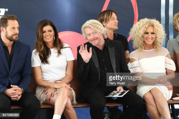 Honorees Jimi Westbrook Karen Fairchild Kimberly Schlapman and Philip Sweet of 'Little Big Town' during the Nashville Music City Walk Of Fame...