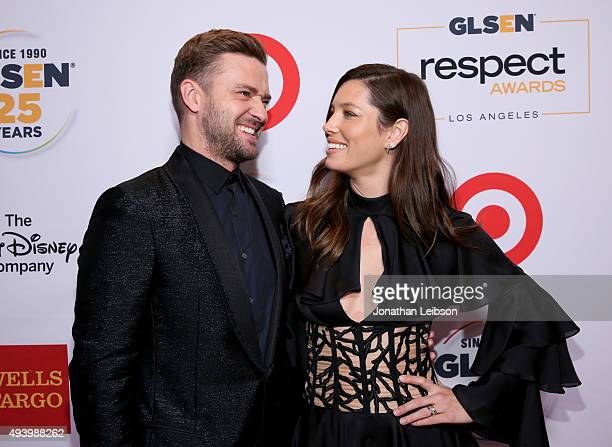 Honorees Justin Timberlake and Jessica Biel attend the 2015 GLSEN Respect Awards at the Beverly Wilshire Four Seasons Hotel on October 23 2015 in...