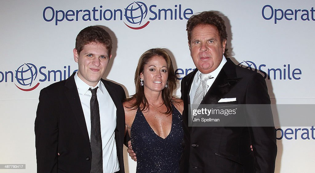 Honorees Kathy Van Zeeland and Bruce Makowsky attend the Operation Smile's Smile Event at Cipriani Wall Street on May 1 2014 in New York City