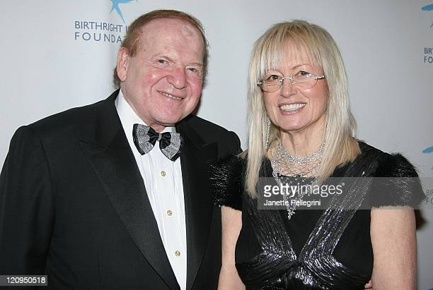 Honorees Sheldon Adelson and Dr Miriam Adelson attend the 2007 Birthright Israel Foundation Gala at the Hilton Grand Ballroom on December 11 2007 in...