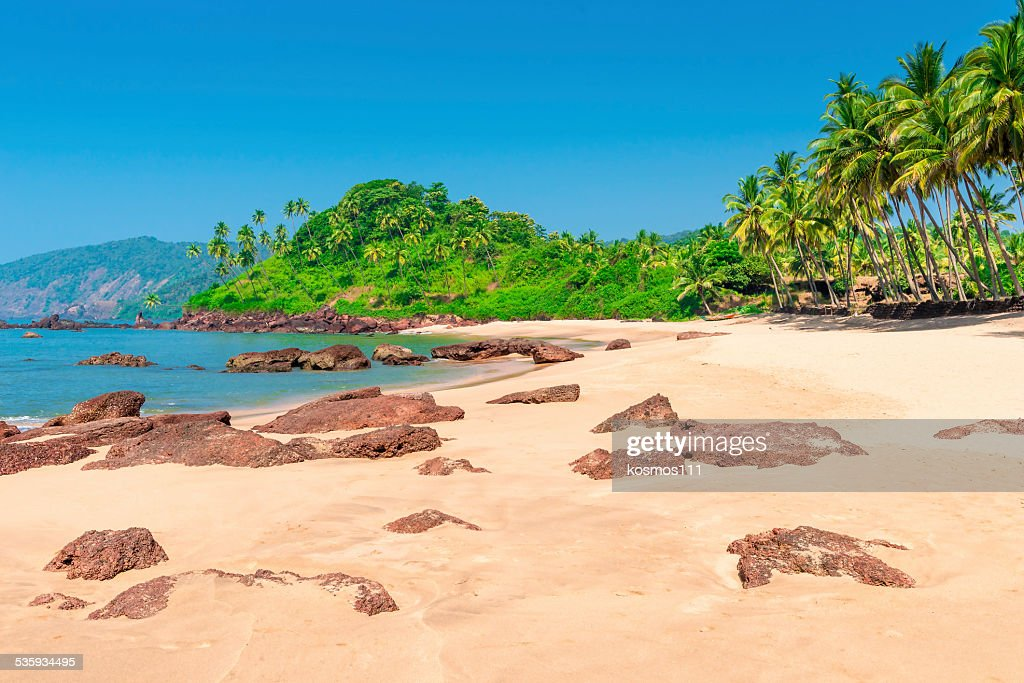 Horizontal picture of beautiful tropical beach in the afternoon : Stock Photo