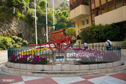 Horse cart in front of a building, Monte Carlo, Monaco : Stock Photo