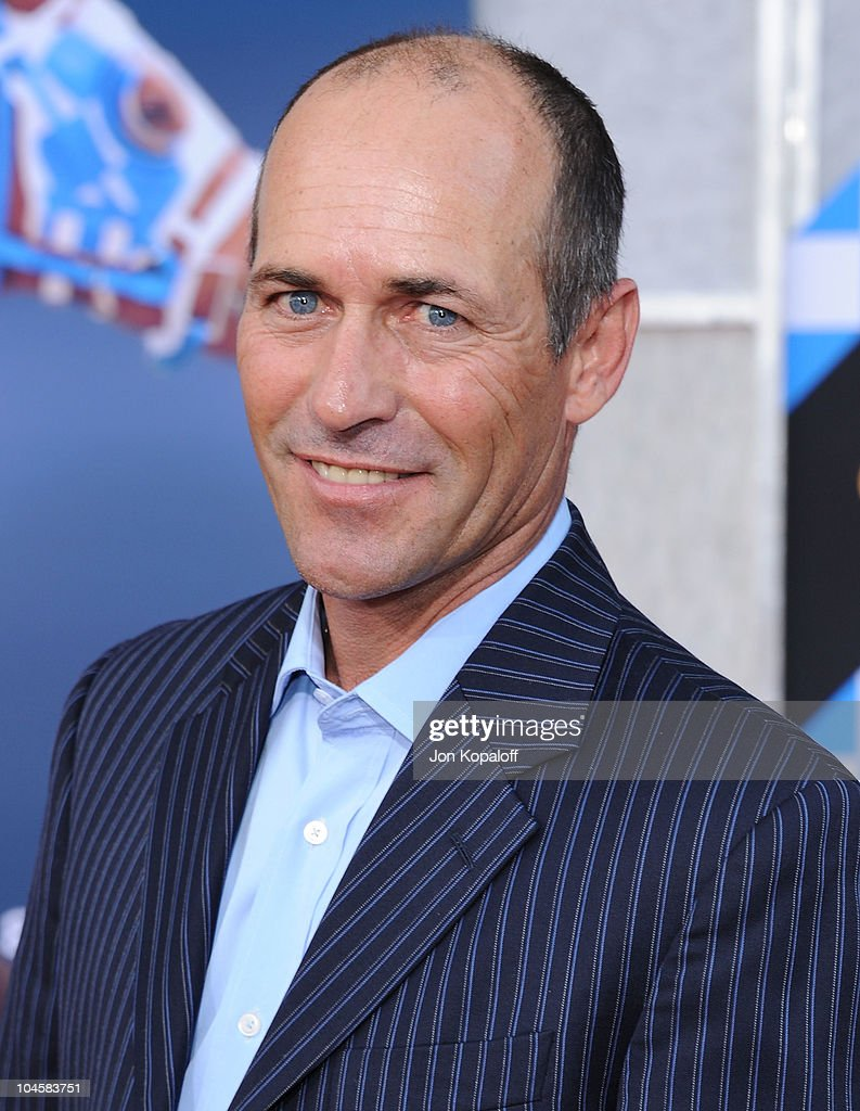 Horse Jockey <a gi-track='captionPersonalityLinkClicked' href=/galleries/search?phrase=Gary+Stevens+-+Jockey&family=editorial&specificpeople=15617910 ng-click='$event.stopPropagation()'>Gary Stevens</a> arrives at the Los Angeles Premiere 'Secretariat' at the El Capitan Theatre on September 30, 2010 in Hollywood, California.