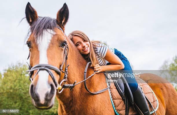 Pferdeliebhaber Teenager-Mädchen