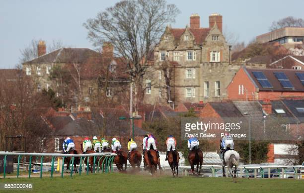 Horses take the bend the Brandon Hire Group Novices Hurdle during Jumps Finale Day at Warwick Racecourse Warwick