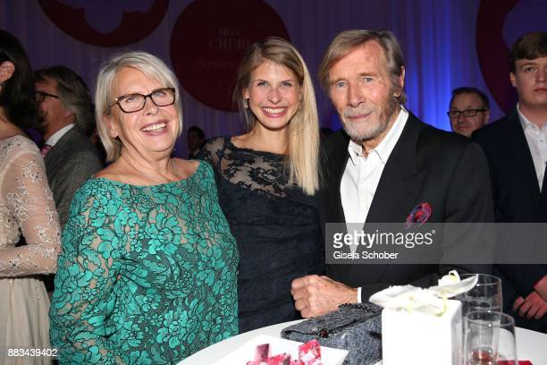 Horst Janson and his wife Hella Janson and his daughter Lara Janson during the Mon Cheri Barbara Tag at Postpalast on November 30 2017 in Munich...