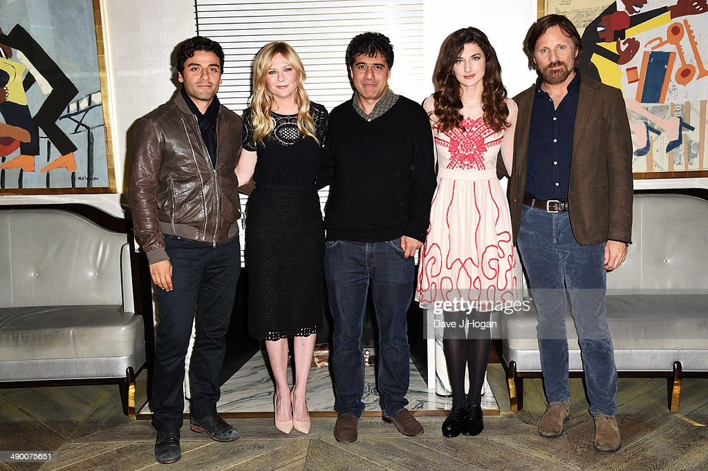 Hossein Amini Kristen Dunst Oscar Issac Daisy Bevan and Viggo Mortensen attend a photocall for 'The Two Faces Of January' at The Corinthia Hotel on...
