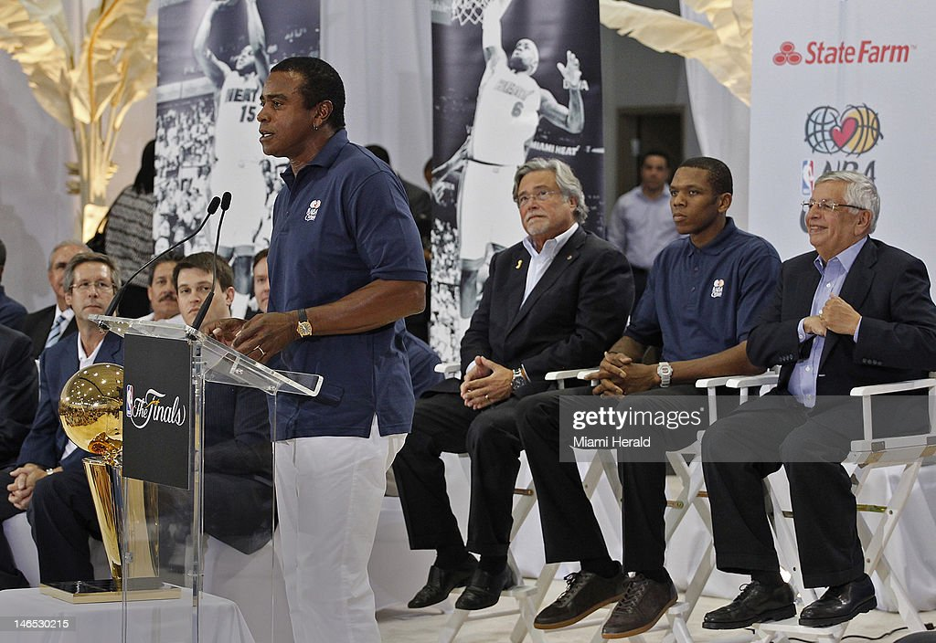 TV host Ahmad Rashad, left, gives his opening remarks at the grand opening of the NBA Learning Place that was attended by Miami Heat Managing General Partner Micky Arison, James Jones, and NBA Commissioner David Stern, right. NBA and Miami Heat executives along with local politicians attended the opening ceremony of the NBA Learning Place ribbon cutting at Miami Springs Community Center in Miami Springs, Florida on Monday, June 18, 2012.