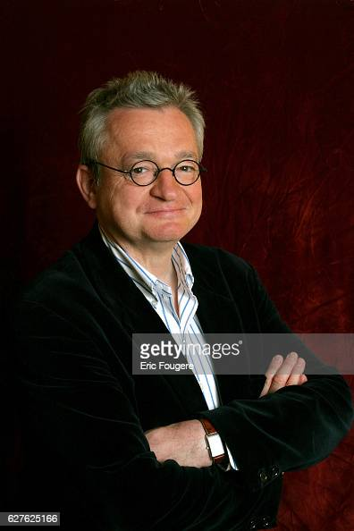 TV host and gastronomy writer JeanLuc Petitrenaud is one of the guests invited to attend the 'Piques et Polémiques' talk show hosted by Paul Wermus