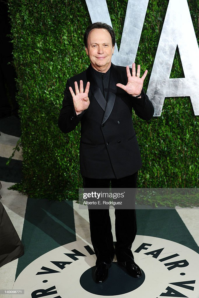 Host Billy Crystal arrives at the 2012 Vanity Fair Oscar Party hosted by Graydon Carter at Sunset Tower on February 26, 2012 in West Hollywood, California.