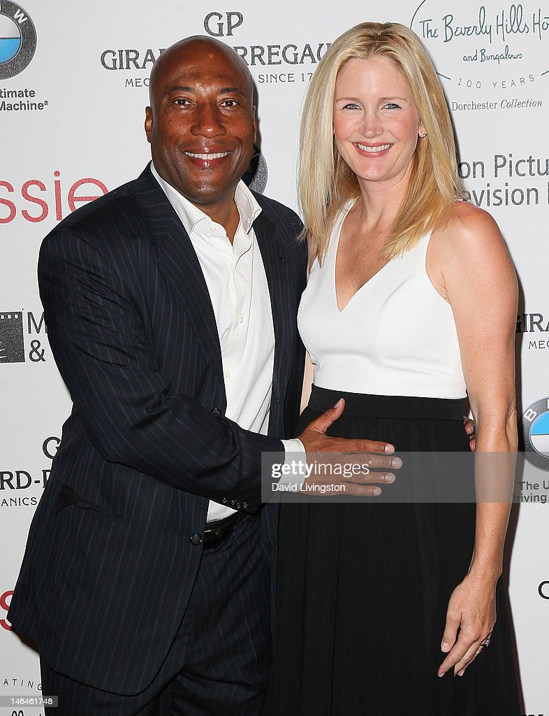 TV host Byron Allen (L) and wife producer Jennifer Lucas attend an intimate cocktail celebration hosted by Brett Ratner in conjunction with the 100th anniversary celebration of The Beverly Hills Hotel at The Beverly Hills Hotel on June 16, 2012 in Beverly Hills, California.