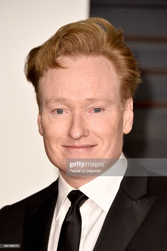 TV host <a gi-track='captionPersonalityLinkClicked' href=/galleries/search?phrase=Conan+O%27Brien&family=editorial&specificpeople=208095 ng-click='$event.stopPropagation()'>Conan O'Brien</a> attends the 2015 Vanity Fair Oscar Party hosted by Graydon Carter at Wallis Annenberg Center for the Performing Arts on February 22, 2015 in Beverly Hills, California.