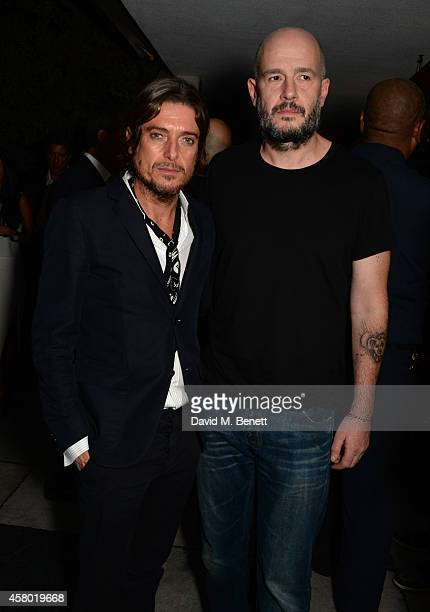Host Darren Strowger and artist Jake Chapman attend the Teen Cancer America Fundraiser hosted by Darren Strowger Roger Daltrey and Rebecca Rothstein...
