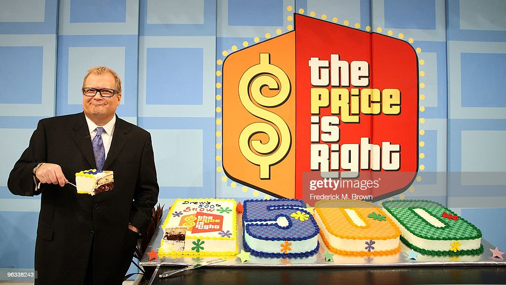 Host <a gi-track='captionPersonalityLinkClicked' href=/galleries/search?phrase=Drew+Carey&family=editorial&specificpeople=213727 ng-click='$event.stopPropagation()'>Drew Carey</a> celebrates his 500th 'The Price Is Right' television show at CBS Television City on February 1, 2010 in Los Angeles, California.