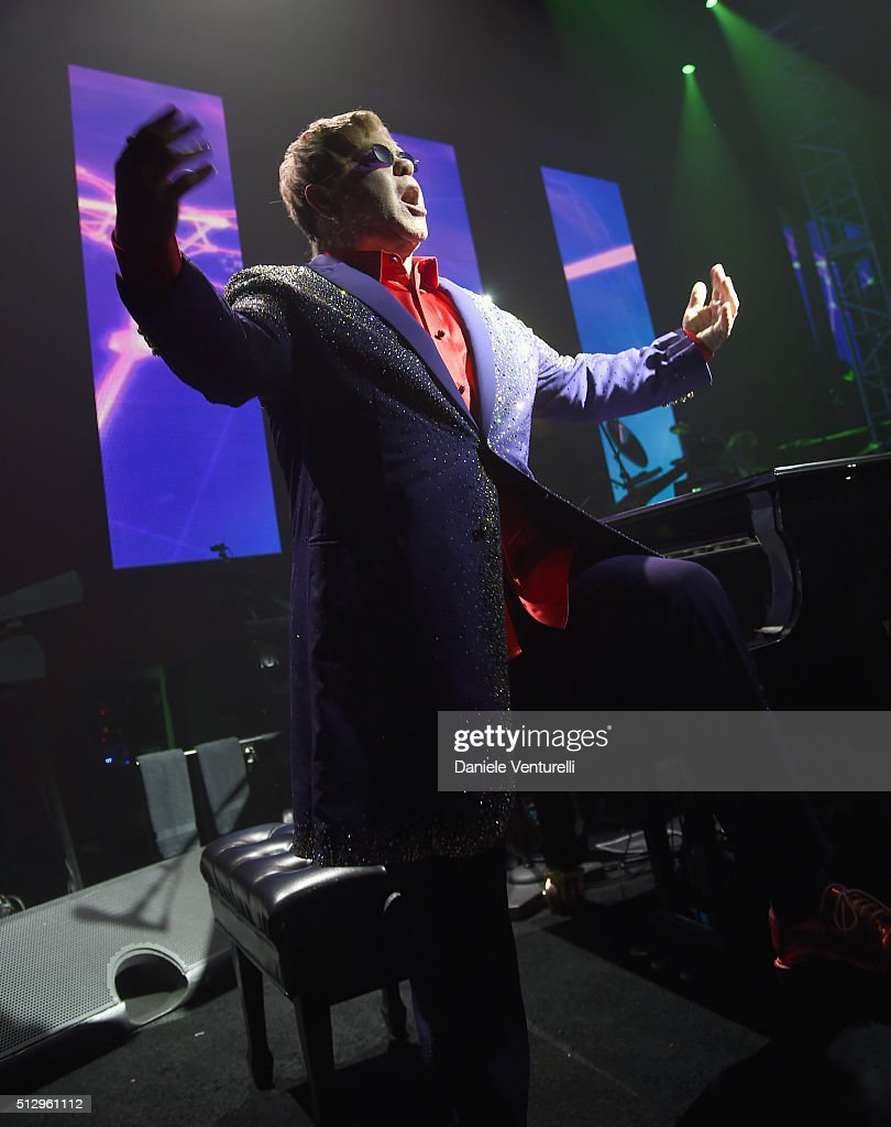 Host Elton John, wearing Bulgari, performs onstage during Bulgari at the 24th Annual Elton John AIDS Foundation's Oscar Viewing Party at The City of West Hollywood Park on February 28, 2016 in West Hollywood, California.