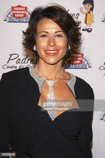 TV host Giselle Fernandez attends Eva Longoria Honored at Padres Contra El Cancer 20th Anniversary Gala at Skirball Cultural Center on March 31 2005...
