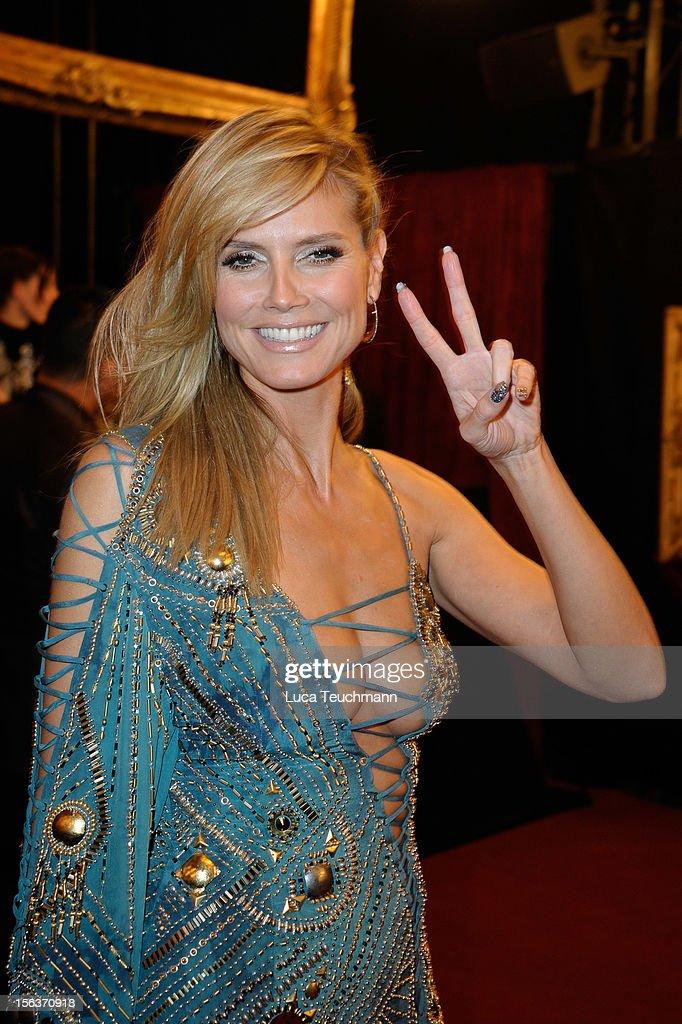 Host Heidi Klum attends the MTV EMA's 2012 at Festhalle Frankfurt on November 11, 2012 in Frankfurt am Main, Germany.