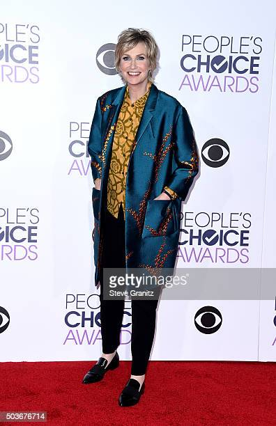 Host Jane Lynch attends the People's Choice Awards 2016 at Microsoft Theater on January 6 2016 in Los Angeles California