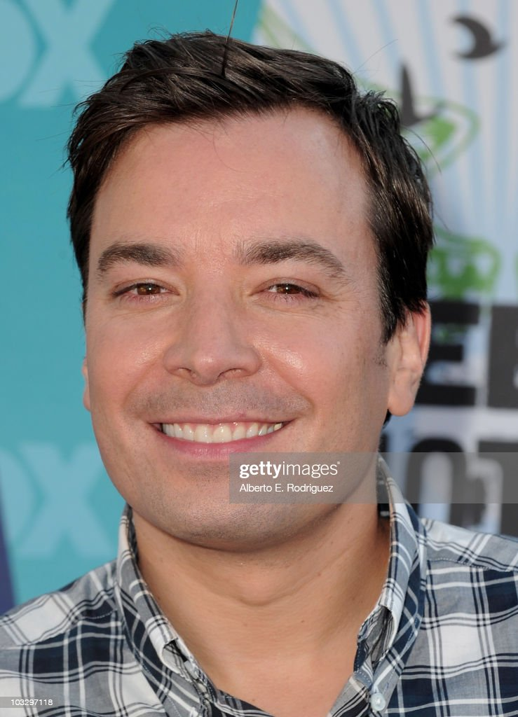 TV host <a gi-track='captionPersonalityLinkClicked' href=/galleries/search?phrase=Jimmy+Fallon&family=editorial&specificpeople=171520 ng-click='$event.stopPropagation()'>Jimmy Fallon</a> arrives at the 2010 Teen Choice Awards at Gibson Amphitheatre on August 8, 2010 in Universal City, California.