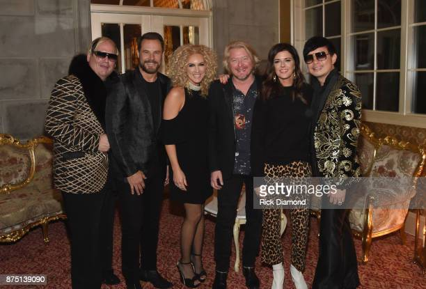 Host Johnathon Arndt Jimi Westbrook Kimberly Schlapman Philip Sweet and Karen Fairchild of Little Big Town and host Newman Arndt attend ACM Lifting...