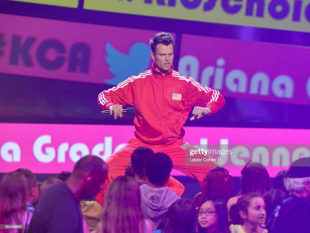 Host <a gi-track='captionPersonalityLinkClicked' href=/galleries/search?phrase=Josh+Duhamel&family=editorial&specificpeople=208740 ng-click='$event.stopPropagation()'>Josh Duhamel</a> performs during Nickelodeon's 26th Annual Kids' Choice Awards at USC Galen Center on March 23, 2013 in Los Angeles, California.