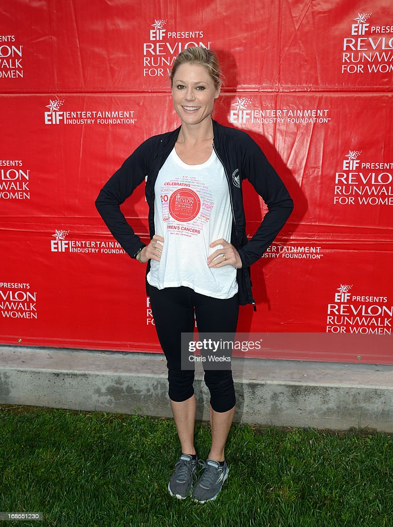Host <a gi-track='captionPersonalityLinkClicked' href=/galleries/search?phrase=Julie+Bowen&family=editorial&specificpeople=244057 ng-click='$event.stopPropagation()'>Julie Bowen</a> attends the 20th Annual EIF Revlon Run/Walk For Women at Los Angeles Memorial Coliseum on May 11, 2013 in Los Angeles, California.