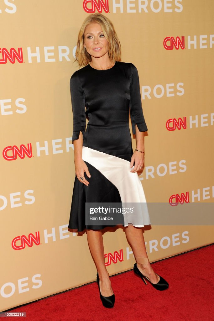 TV host <a gi-track='captionPersonalityLinkClicked' href=/galleries/search?phrase=Kelly+Ripa&family=editorial&specificpeople=202134 ng-click='$event.stopPropagation()'>Kelly Ripa</a> attends the 2013 CNN Heroes at the American Museum of Natural History on November 19, 2013 in New York City.