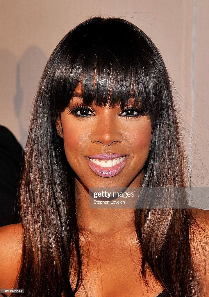 Host <a gi-track='captionPersonalityLinkClicked' href=/galleries/search?phrase=Kelly+Rowland&family=editorial&specificpeople=201760 ng-click='$event.stopPropagation()'>Kelly Rowland</a> attends BET's Rip The Runway 2013:Red Carpet at Hammerstein Ballroom on February 27, 2013 in New York City.