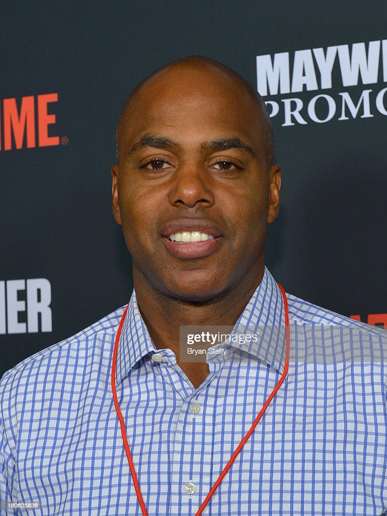 TV host <a gi-track='captionPersonalityLinkClicked' href=/galleries/search?phrase=Kevin+Frazier&family=editorial&specificpeople=721972 ng-click='$event.stopPropagation()'>Kevin Frazier</a> arrives at the MGM Grand Garden Arena for the Floyd Mayweather Jr. vs. Canelo Alvarez boxing match on September 14, 2013 in Las Vegas, Nevada.